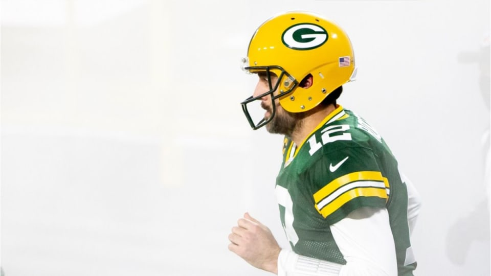 Rodgers to Favre: Third MVP Would Be 'Special'
