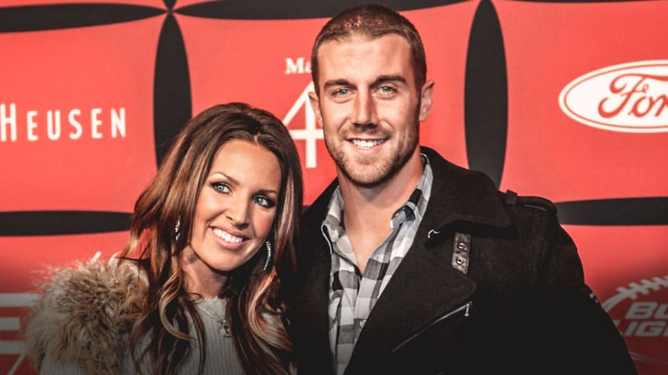 LOOK: Alex Smith Leaving Washington, Selling Mansion for $6.7 Million