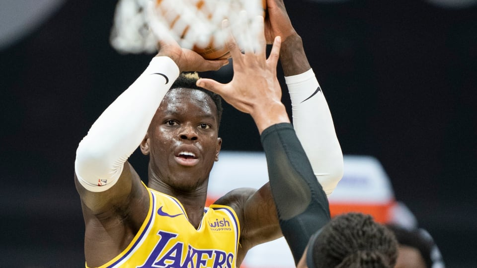 Lakers lose to scrappy Kings with no LeBron James