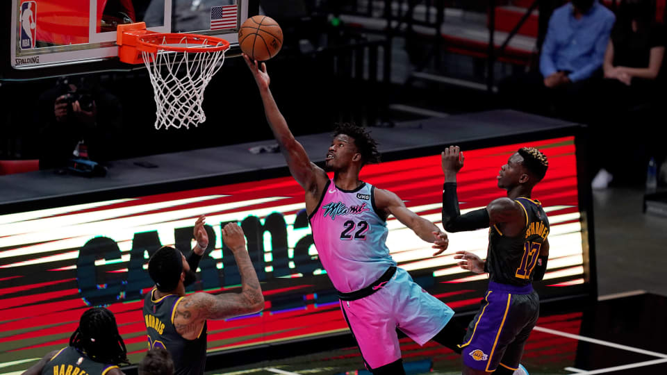 Shorthanded Lakers battle, fall short to Heat