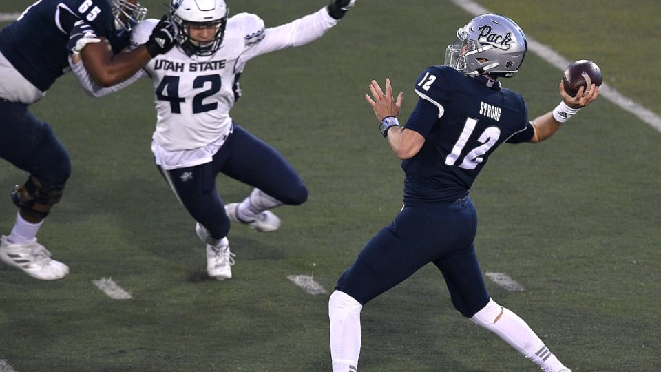NFL Draft Profile: Carson Strong, Quarterback, Nevada Wolf Pack