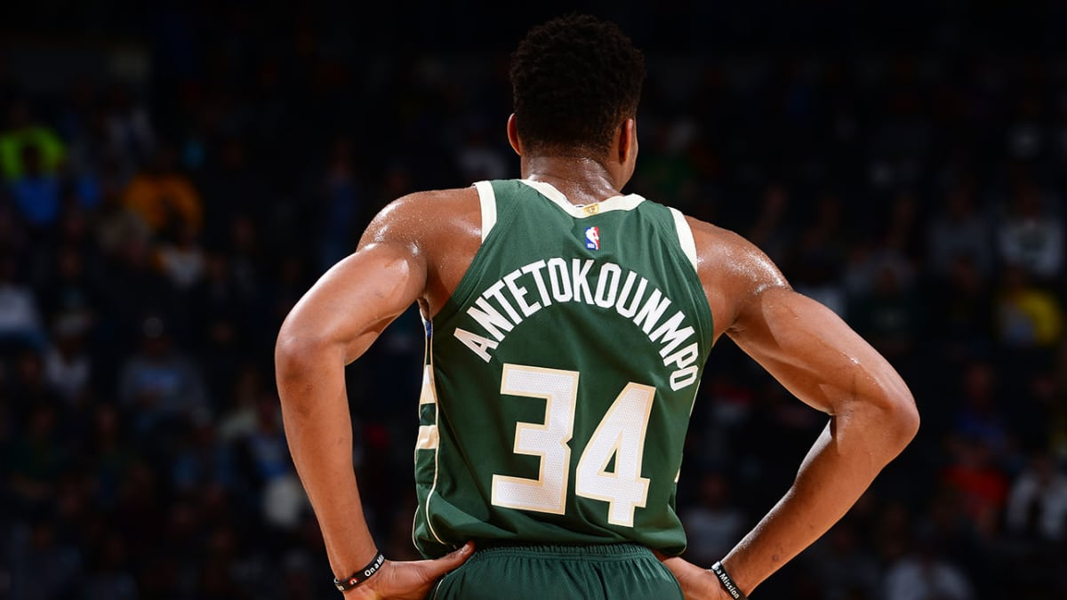 Bucks Vs Knikcs Live : Milwaukee Bucks Vs New York Knicks ...