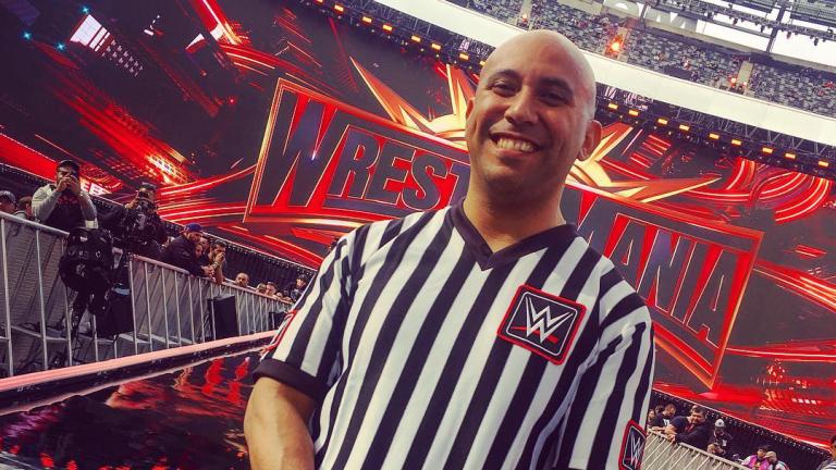 WWE Ref Tom Castor Suffers Horrific Leg Break During Match, Still Calls the Three-Count
