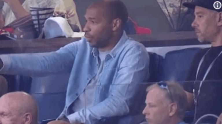 GENIAL: Thierry Henry asistió al juego del New York Red Bull ante el DC United de Rooney