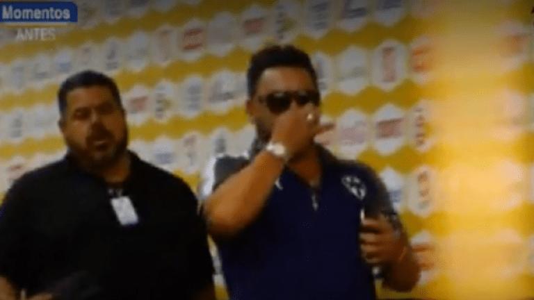 ¡LO TIENES QUE VER! | Mohamed se burla tapándose la nariz al llegar al estadio de Tigres