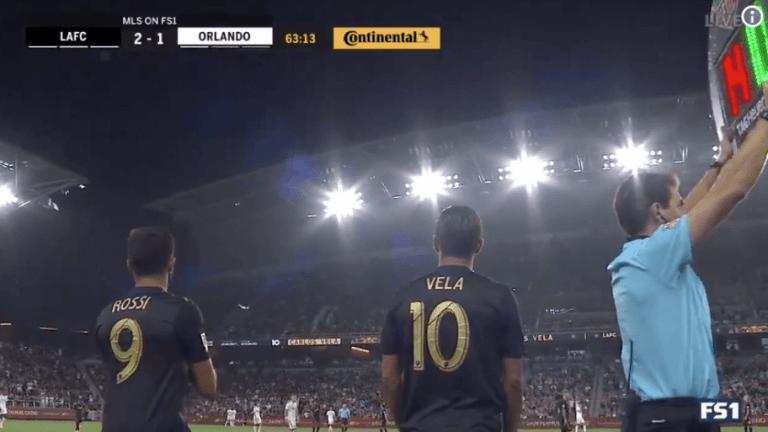 IMPRESIONANTE: Carlos Vela recibió una tremenda ovación en su regreso a Los Angeles FC