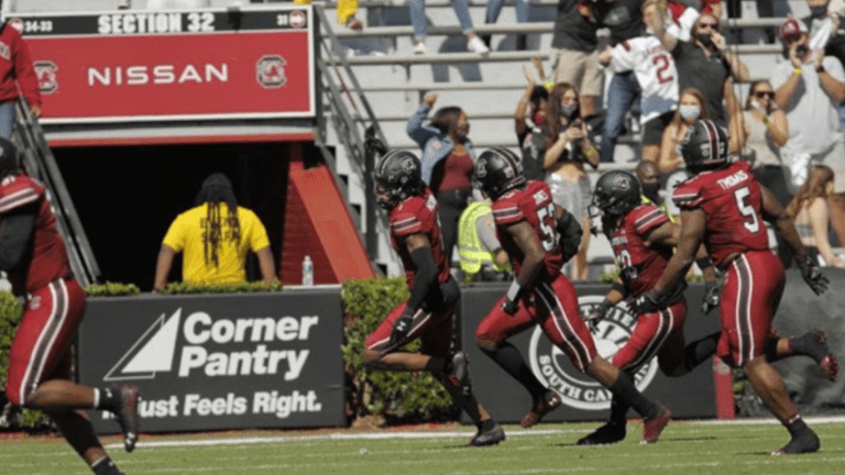 Horn Named Walter Camp FBS National Defensive Player of the Week