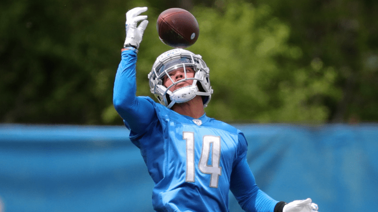 Amon Ra-St. Brown Gets Scrappy With Lions Rookie During First Padded Practice