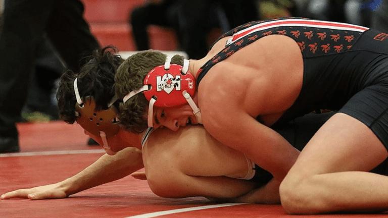 Ben Kueter Commits to Iowa Football, Wrestling