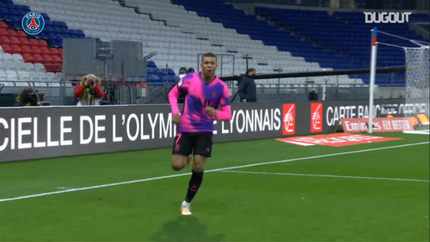 Kylian Mbappé's 99 and 100th goals in Ligue 1
