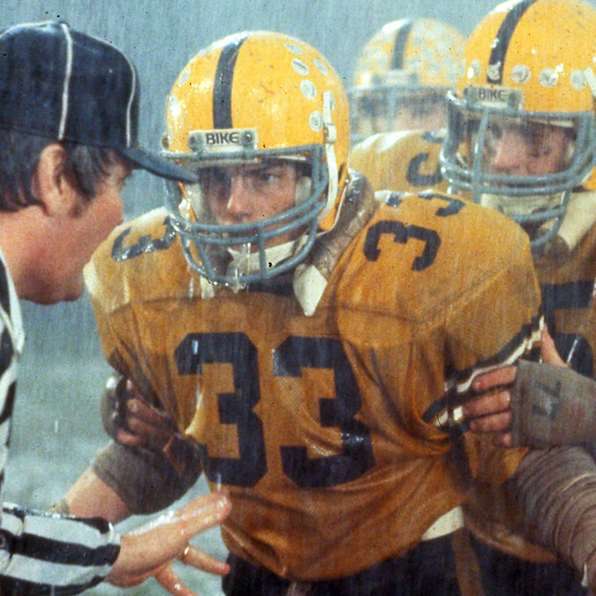 """The MMQB Bad Football Movies Podcast: Tom Cruise in """"All the Right ..."""