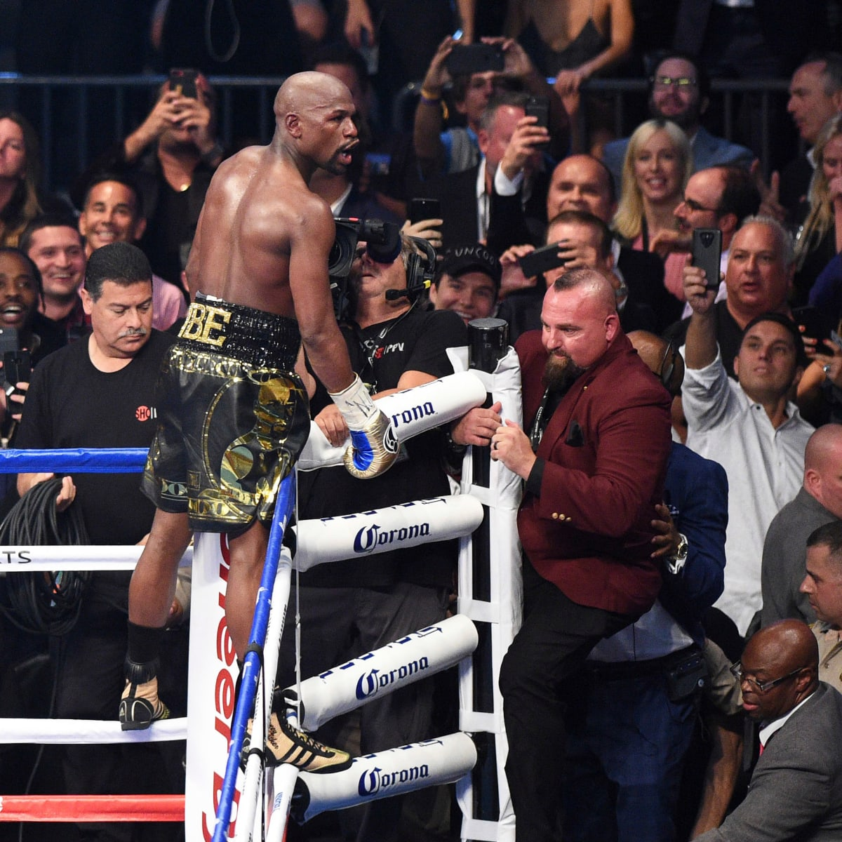 Can floyd mayweather bet on himself betfred sportsbook betting guide