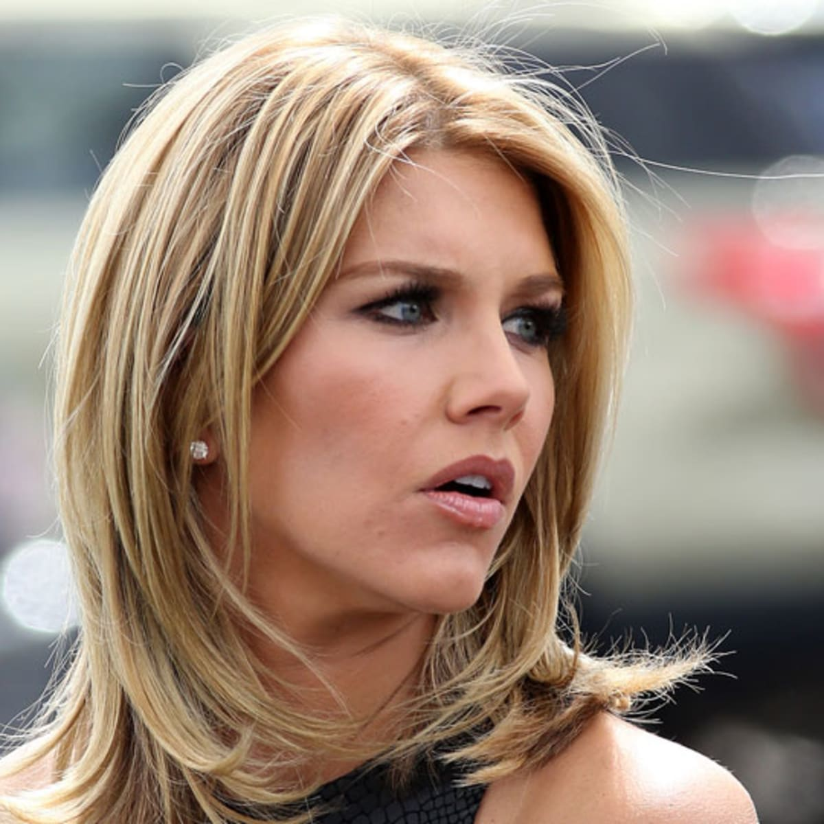 Charissa Thompson On Her Career Path Women Working In Sports Media Sports Illustrated