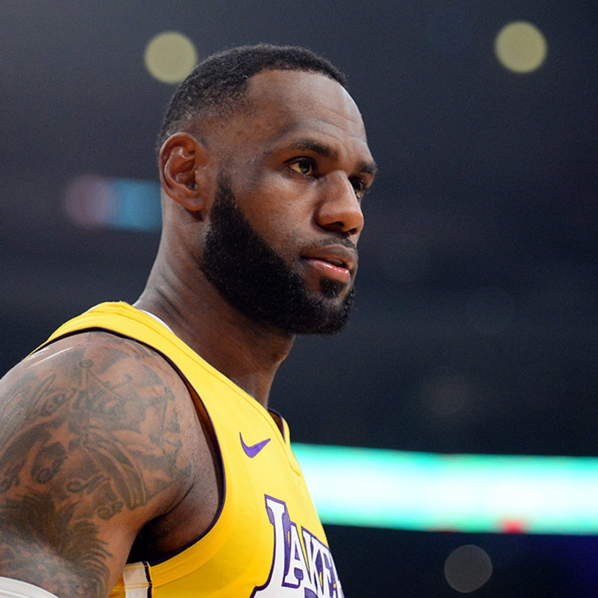 LeBron James not giving up on NBA season after revealing NFL training