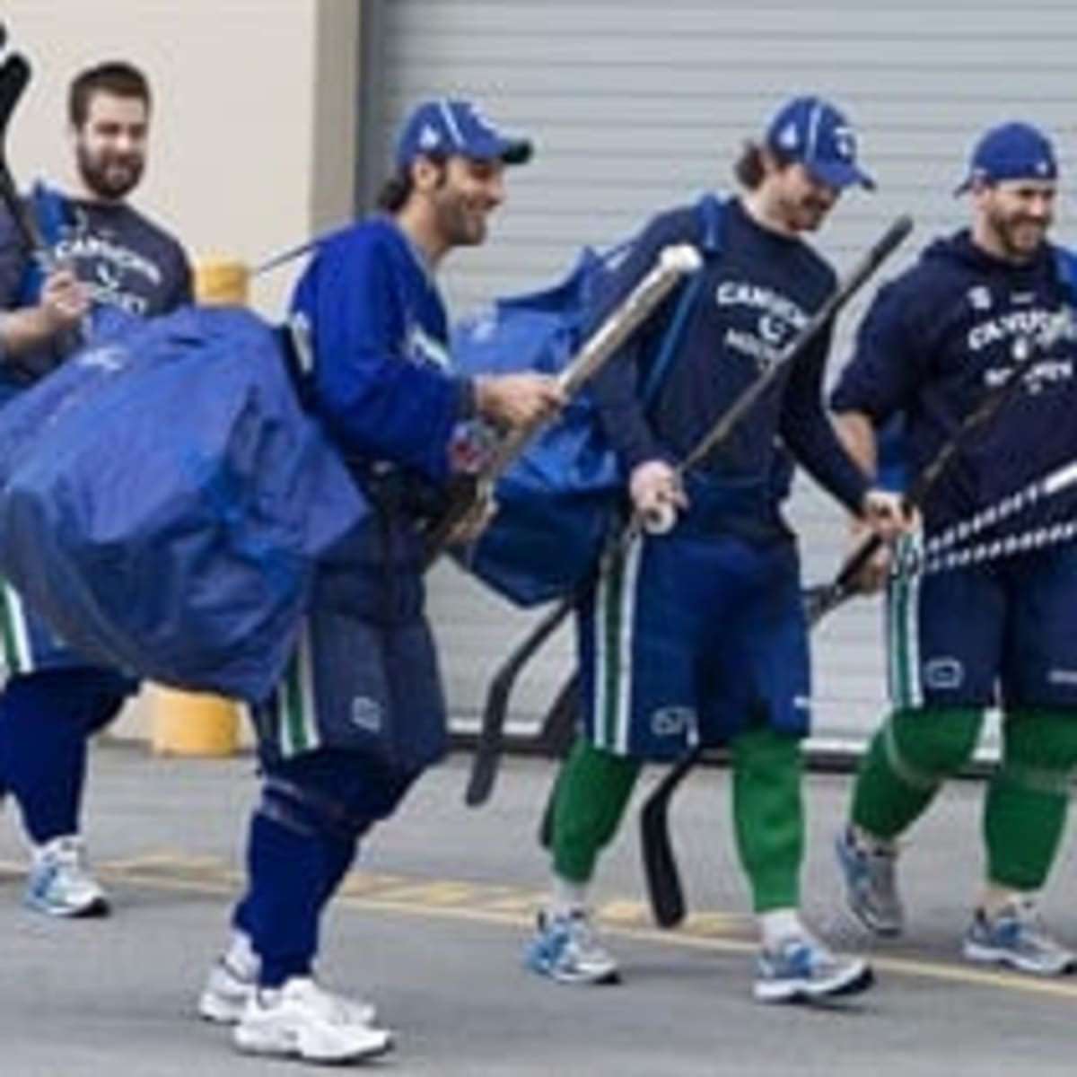 Tambellini Cherishes Stanley Cup Chance With Canucks Baumgartner Misses Out The Hockey News On Sports Illustrated