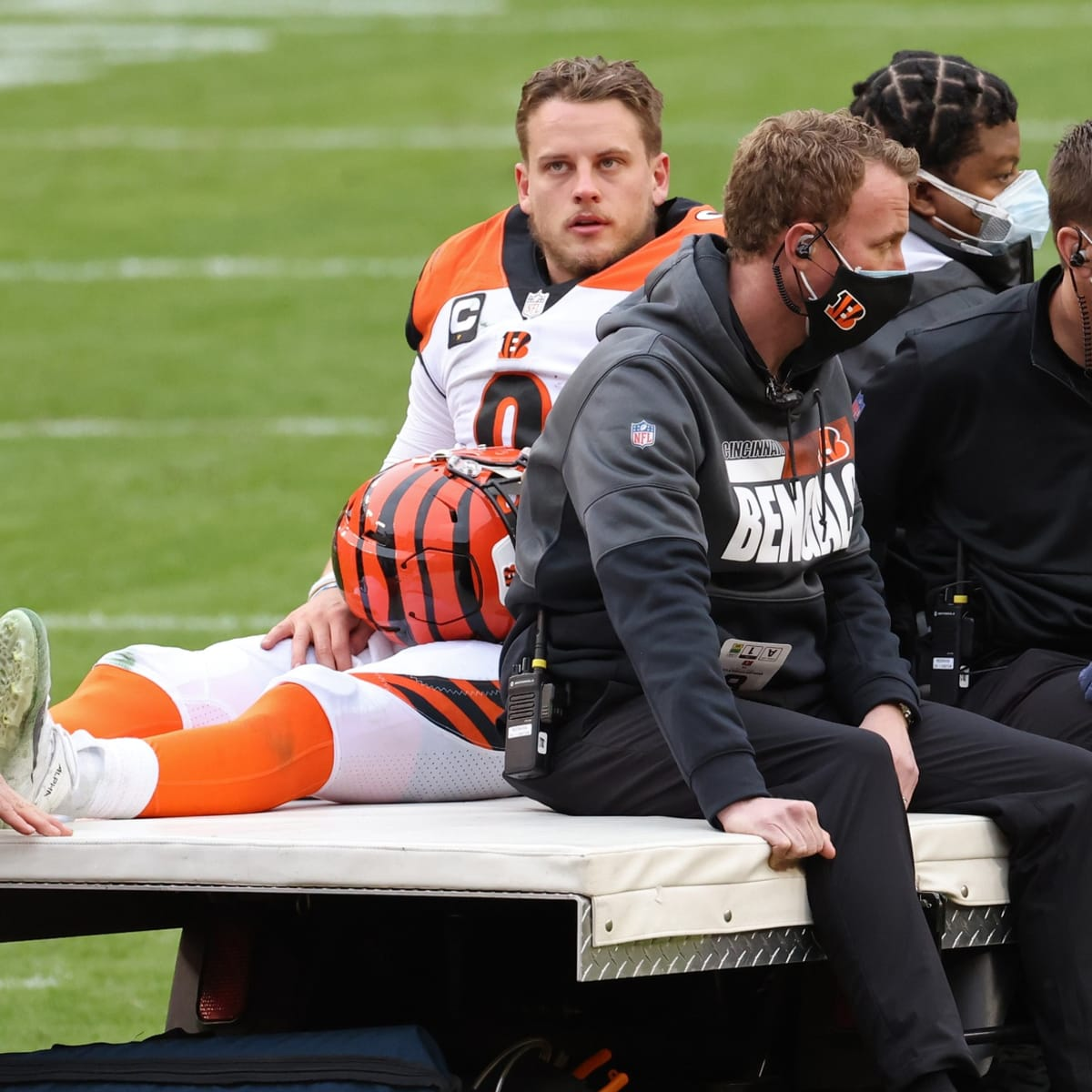 Expert Insight On Joe Burrow S Surgery And Recovery Plus An In Depth Look At The New York Giants Sports Illustrated Cincinnati Bengals News Analysis And More
