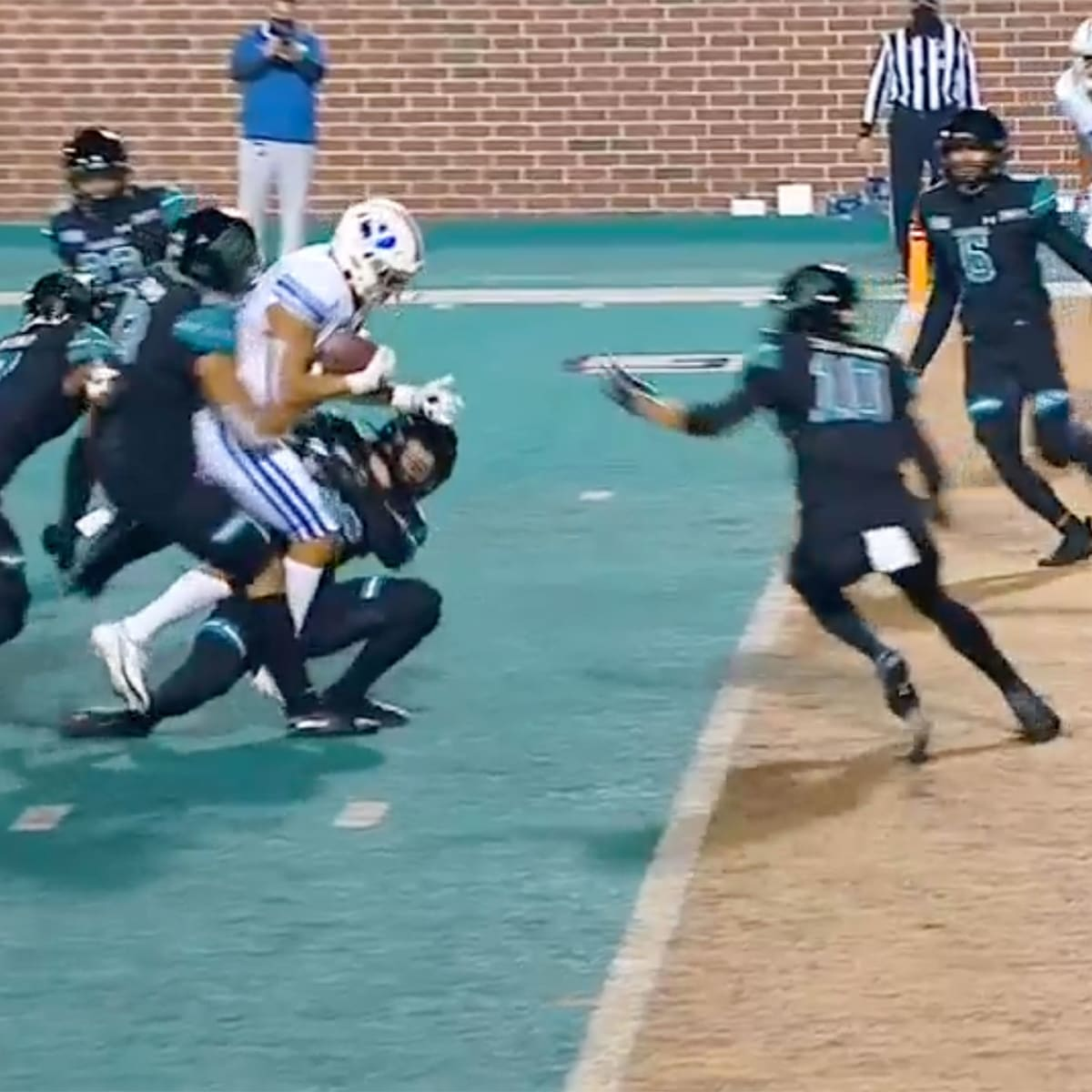 BYU vs Coastal Carolina delivers in the college football spotlight - Sports  Illustrated