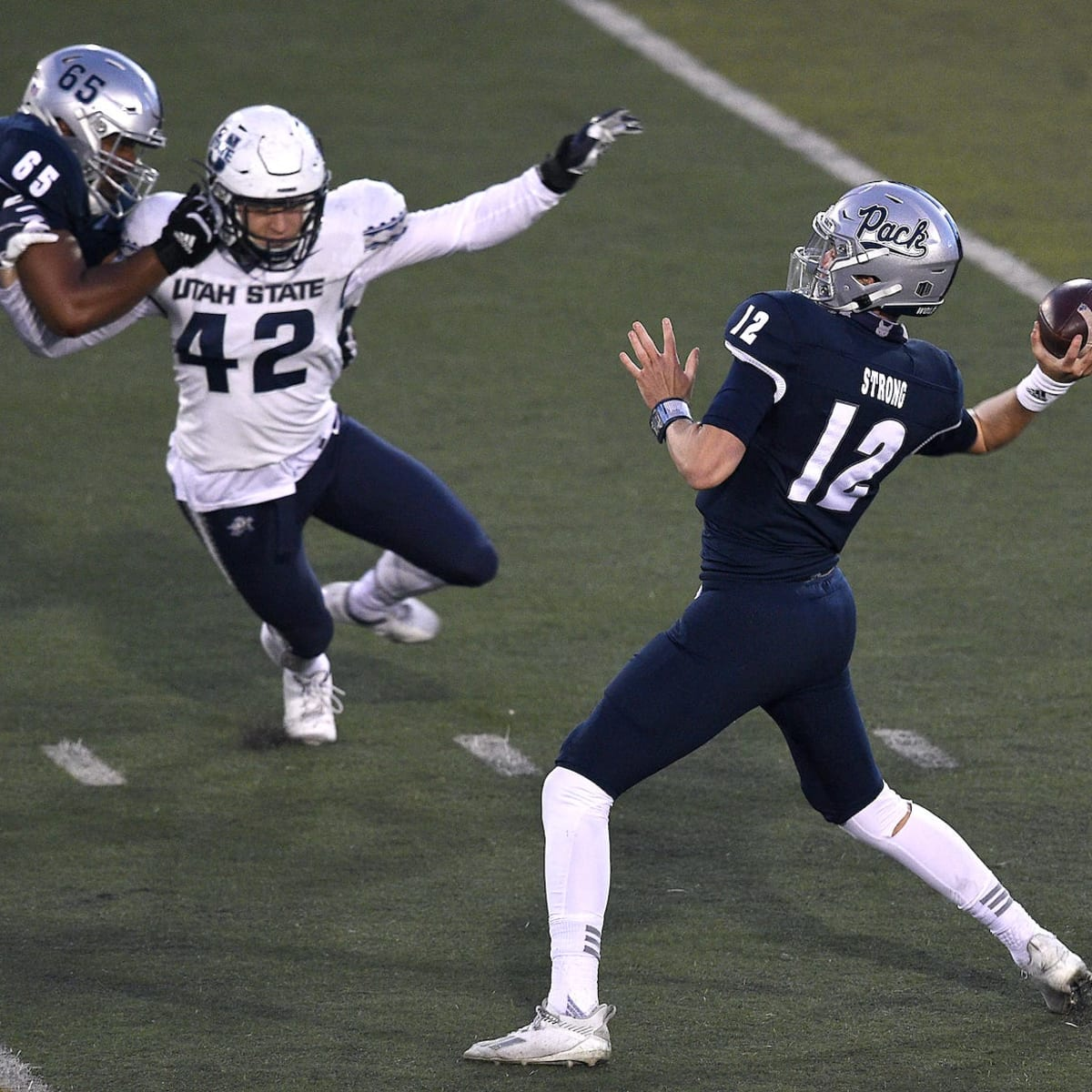 NFL Draft Profile: Carson Strong, Quarterback, Nevada Wolf Pack - The NFL  Draft Bible on Sports Illustrated: The Leading Authority on the NFL Draft