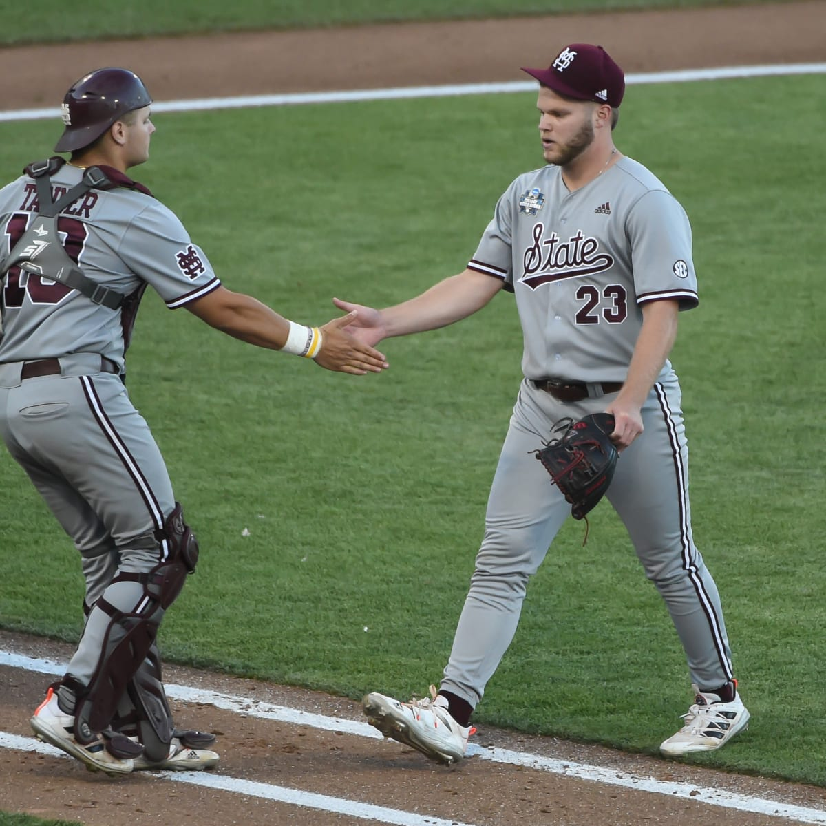 How To Watch Texas Vs Mississippi State Baseball In The College World Series Sports Illustrated Mississippi State Football Basketball Recruiting And More
