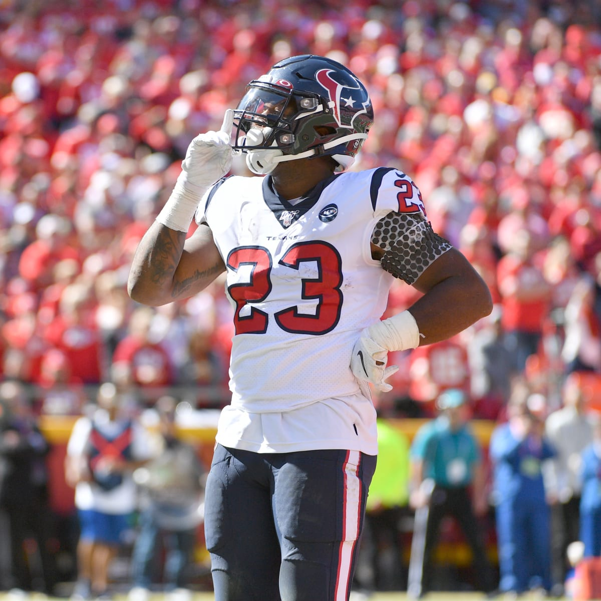 Report: Texans Carlos Hyde expected to hit the free-agent market ...