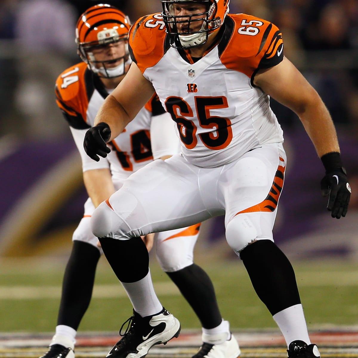 NFL free agency: Cincinnati Bengals' Clint Boling re-signs ...