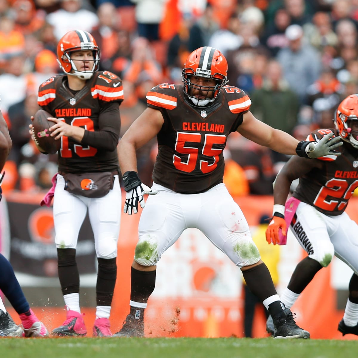 Cleveland Browns: Alex Mack refuses possible trade - Sports ...