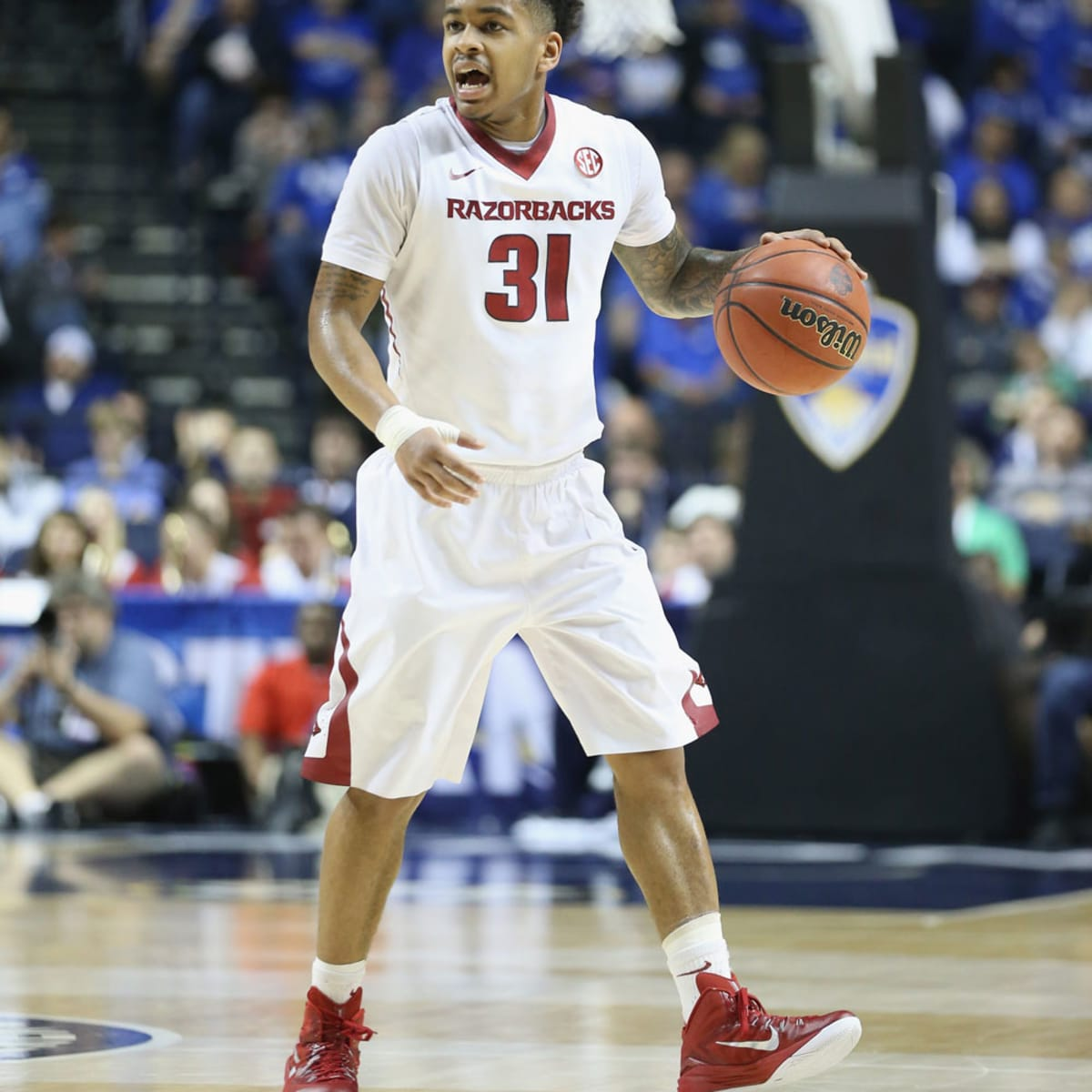 Anton Beard Arkansas Razorbacks Basketball Jersey - Red