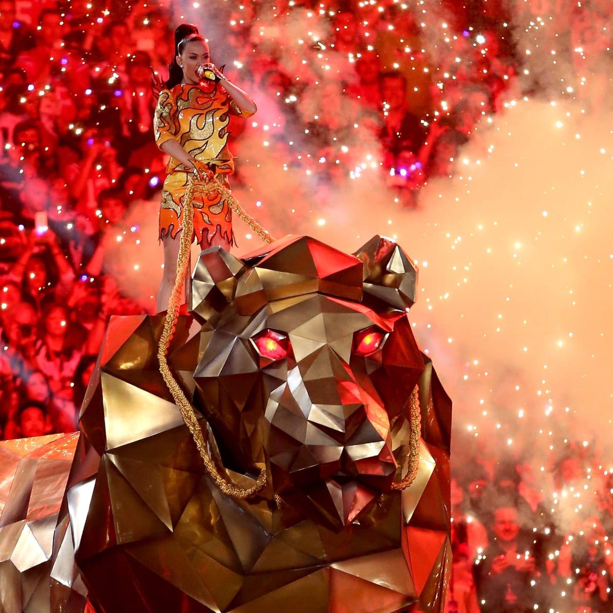katy-perry-robot-lion-super-bowl-2015-ha