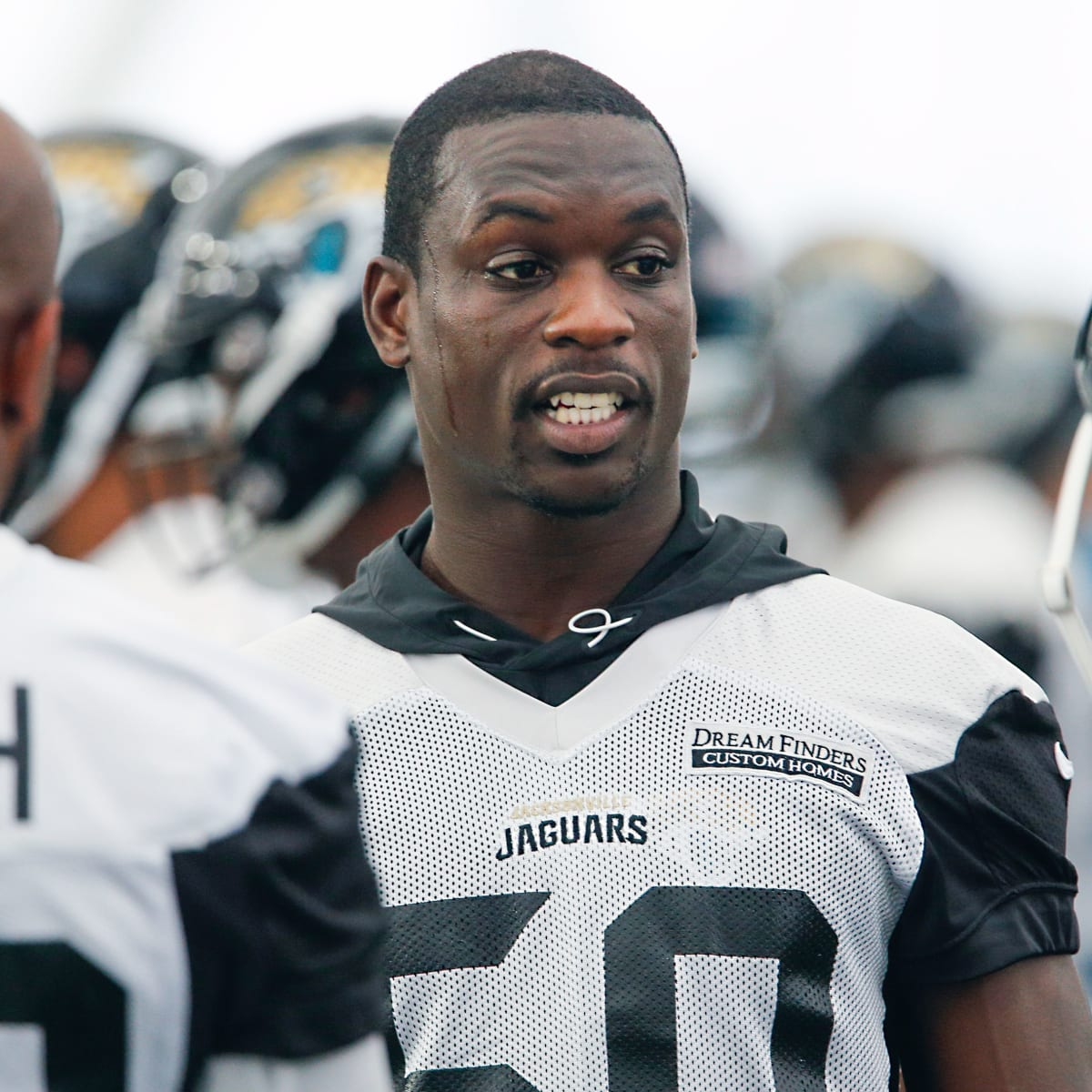 Reports: Law Enforcement Presence at Telvin Smith's Jacksonville ...