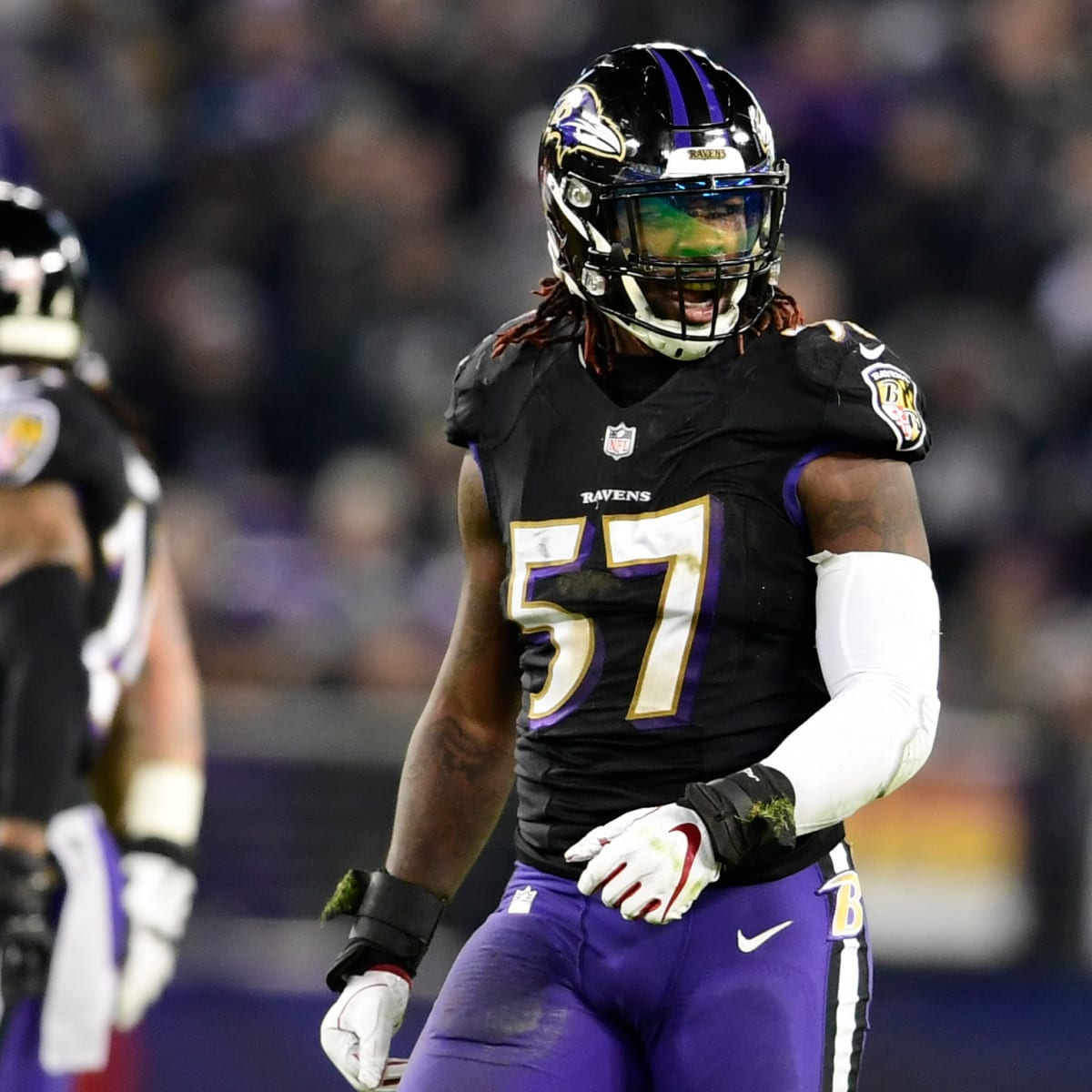 Former Ravens linebacker C.J. Mosley opts out of season