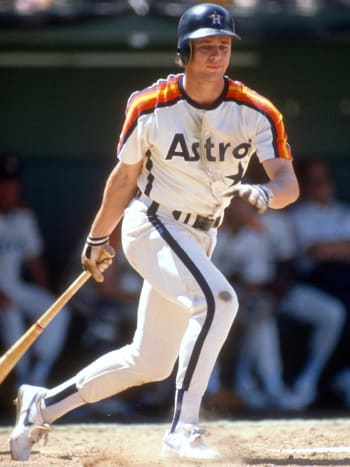 The Astros and Mariners will revive these uniform designs for their game in Houston on Aug. 2.