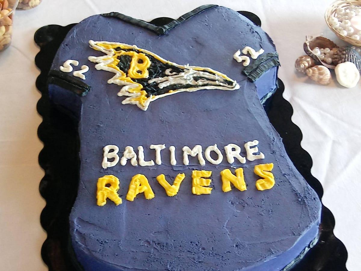 Ravens Fans Make Hilarious Memes Out Of Cake Logo Photo Sports Illustrated