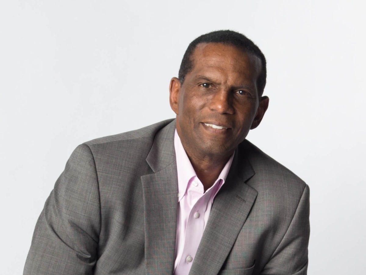 Burgess Owens Won't Stand for Colin Kaepernick's Kneeling