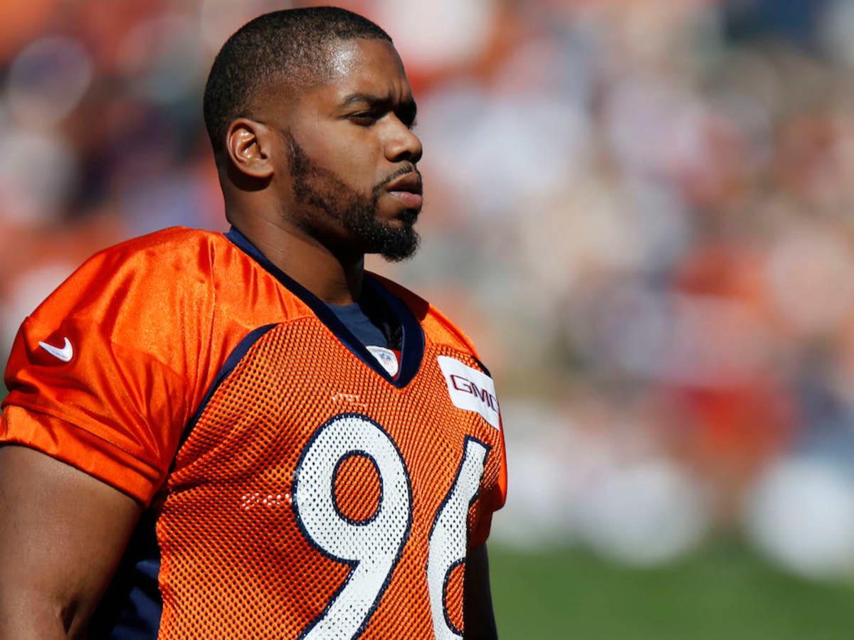 Vance Walker: Denver Broncos DE (ACL) out for season - Sports ...