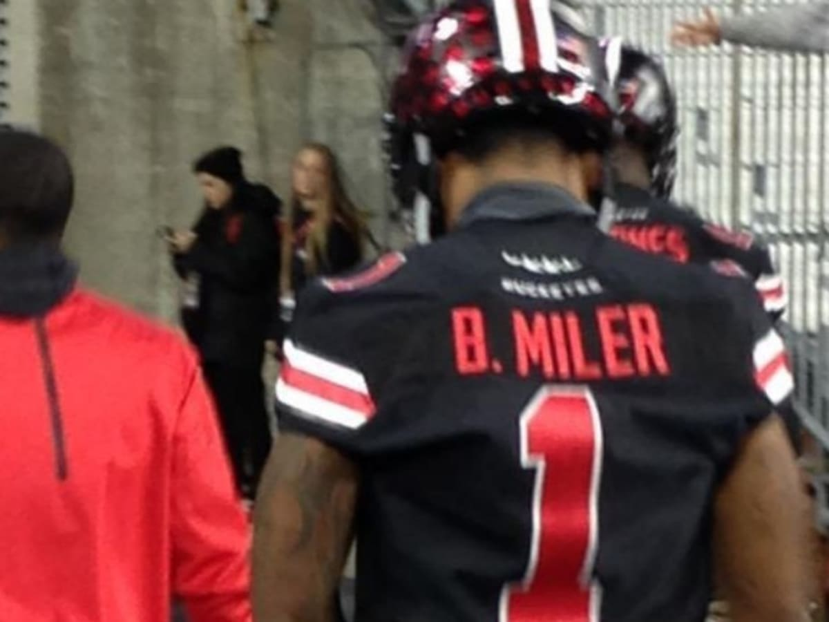 Ohio State's Braxton Miller name misspelled on his jersey - Sports ...