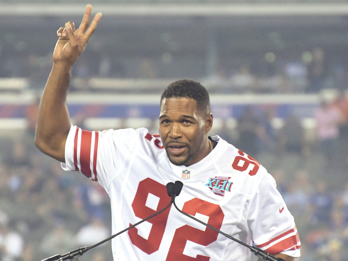Michael Strahan: Giants legend says team will retire his jersey ...