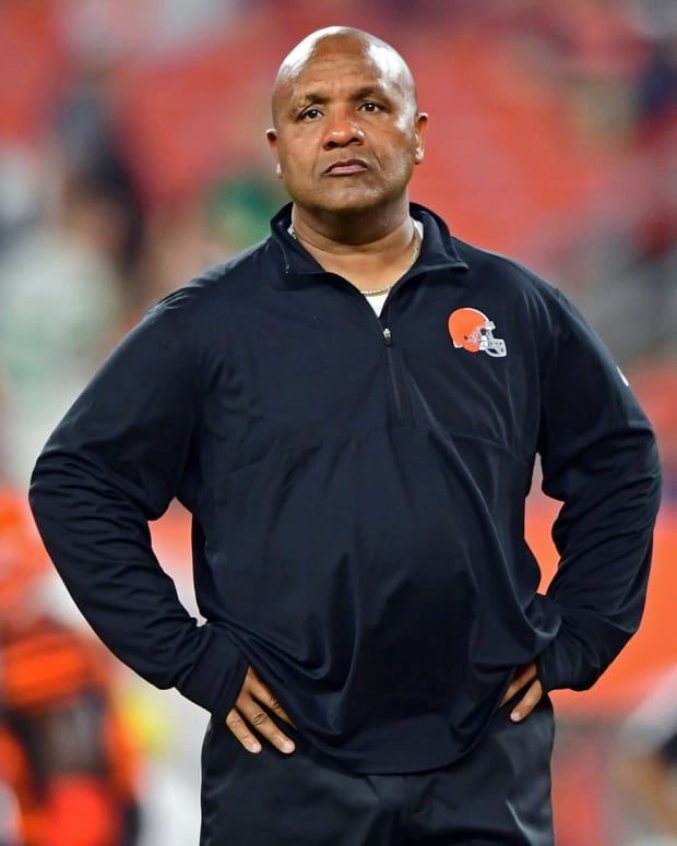 Sep 20, 2018; Cleveland, OH, USA; Cleveland Browns head coach Hue Jackson stands before the game against the New York Jets at FirstEnergy Stadium. Mandatory Credit: David Dermer-USA TODAY Sports