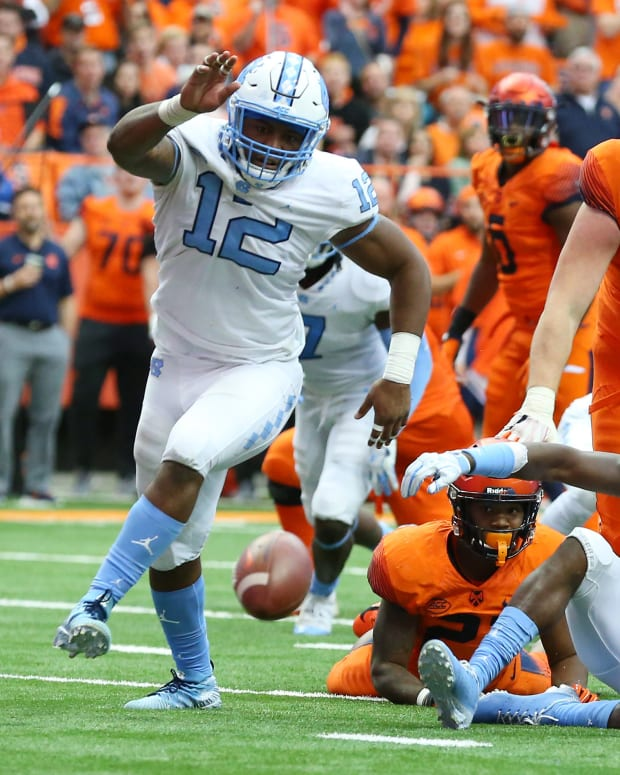 Tomon Fox (12) is among the leaders of the North Carolina defense.
