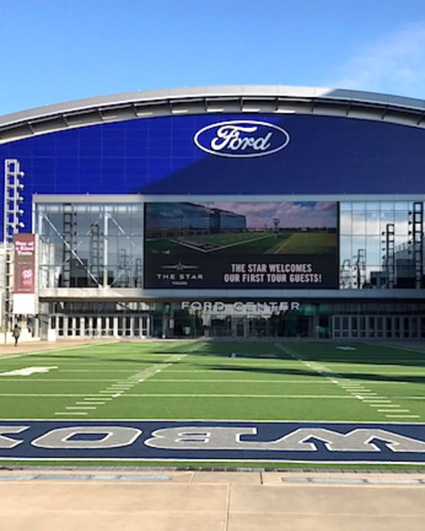 star in frisco HQ