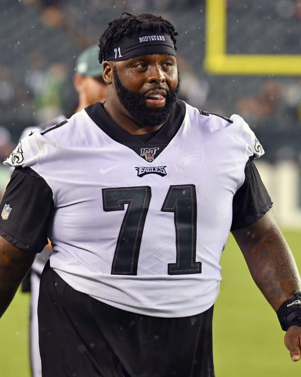 Jason Peters played just 18 snaps against Vikings after hurting knee