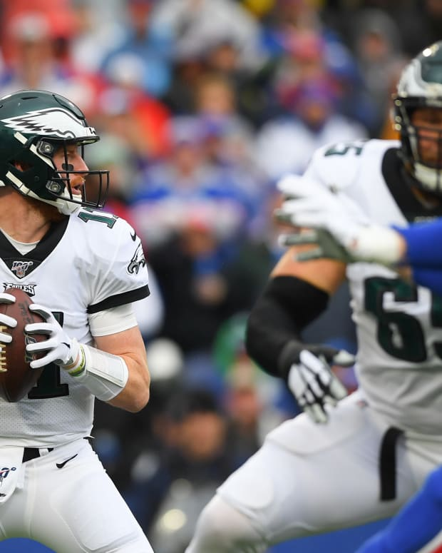 Carson Wentz did what he could to lead the Eagles to a win and through plenty of adversity from outside forces