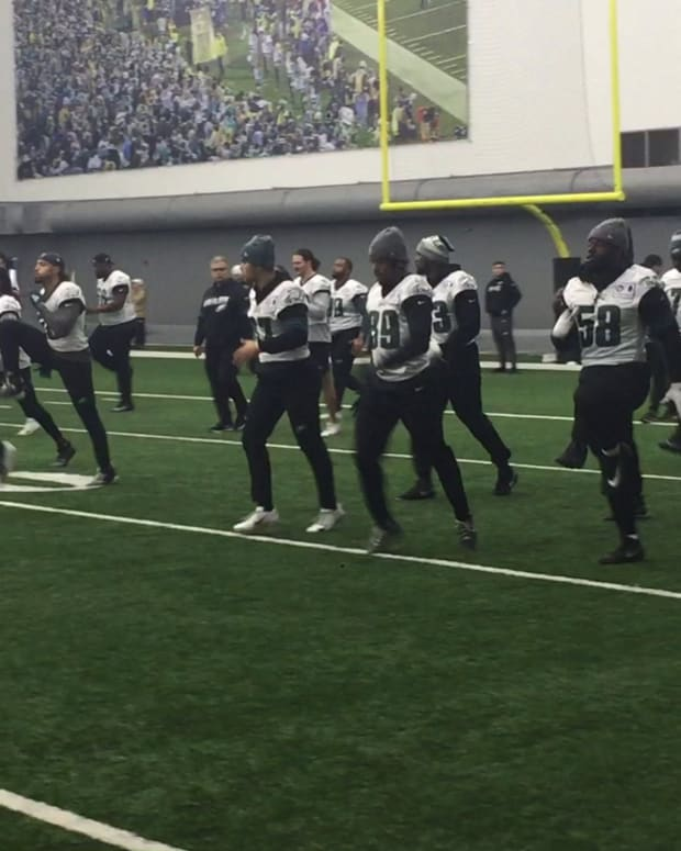 Eagles loosen up during an indoor practice last season