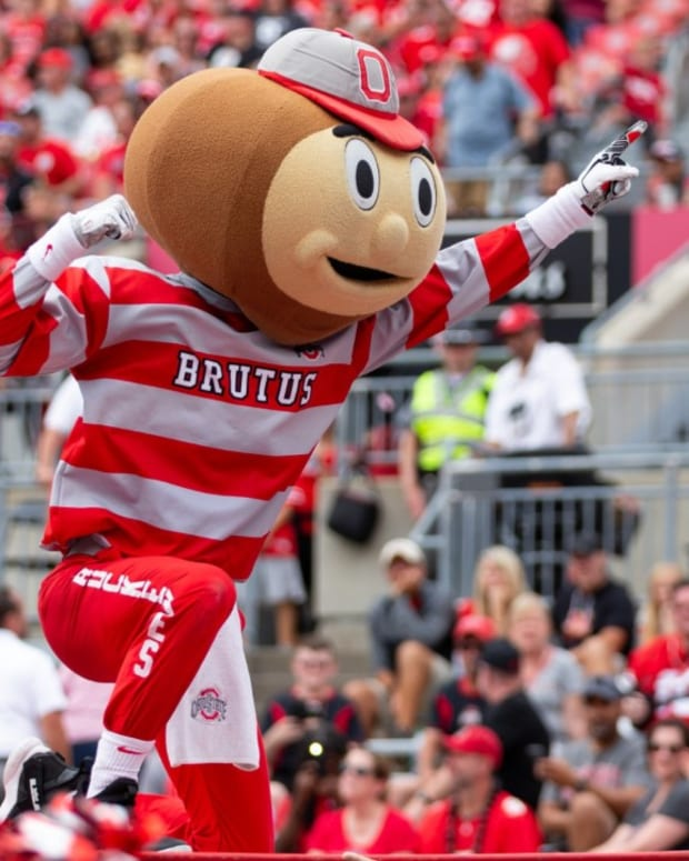 Brutus Buckeye in the Horseshoe