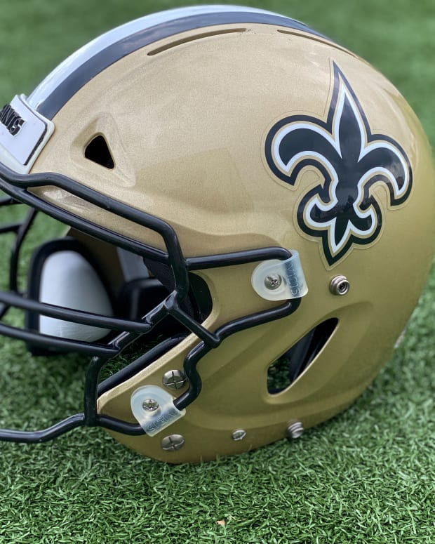 new orleans saints helmet.0003