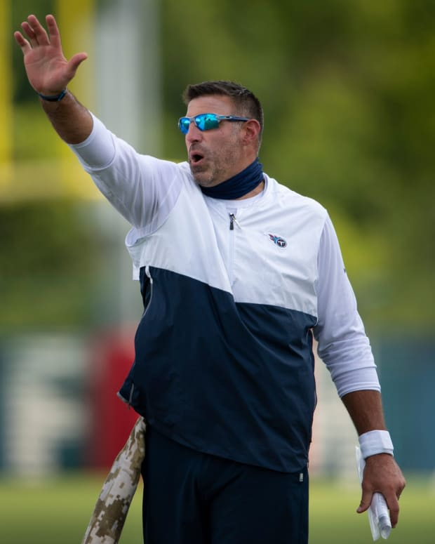Tennessee Titans tackle Isaiah Wilson (79) gets instruction from head coach Mike Vrabel during a training camp practice at Saint Thomas Sports Park Tuesday, Aug. 25, 2020 Nashville, Tenn.