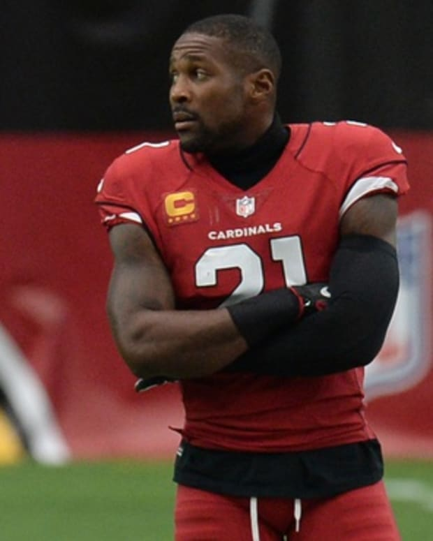 Arizona Cardinals cornerback Patrick Peterson (21) looks on against the Washington Football Team during the first half at State Farm Stadium.