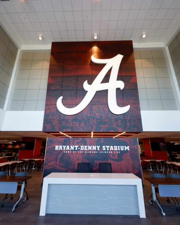 Renovated Recruiting Room