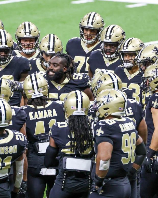 Demario Davis leads the Saints vs The Packers