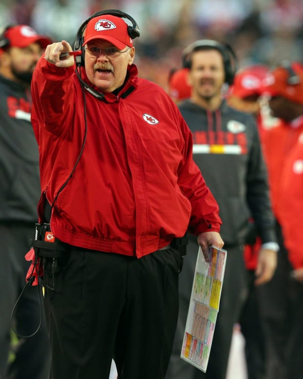Dec 3, 2017; East Rutherford, NJ, USA; Kansas City Chiefs head coach Andy Reid coaches against the New York Jets during the fourth quarter at MetLife Stadium. Mandatory Credit: Brad Penner-USA TODAY Sports