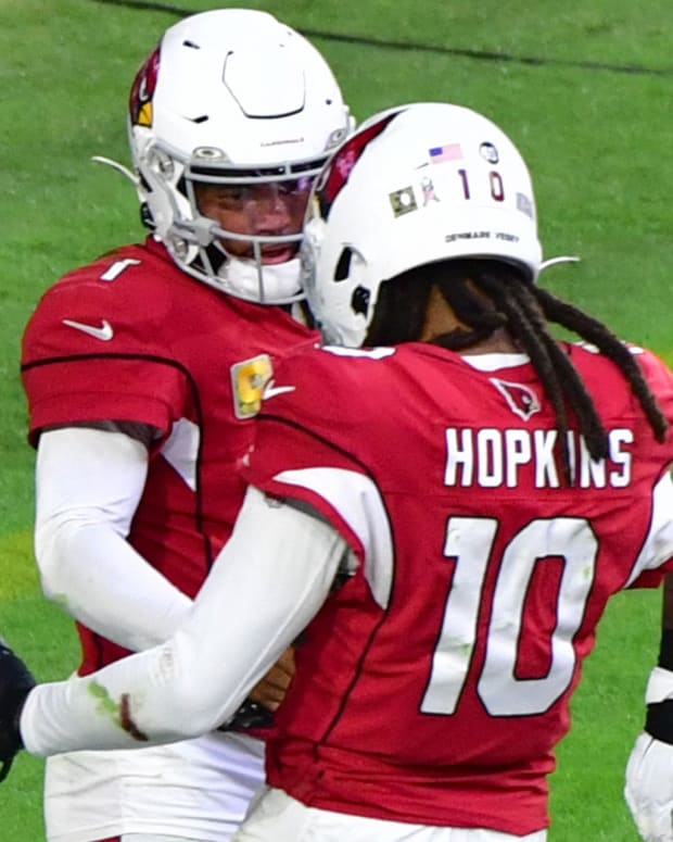 Arizona Cardinals quarterback Kyler Murray (1) celebrates with wide receiver DeAndre Hopkins (10) after scoring a touchdown during the second half against the Miami Dolphins at State Farm Stadium.